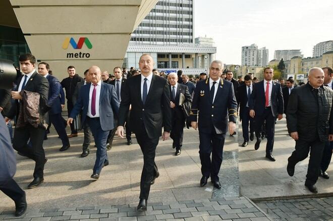 """Prezident """"28 May""""da: Sakinlərlə görüşdü, tapşırıq verdi - Video"""