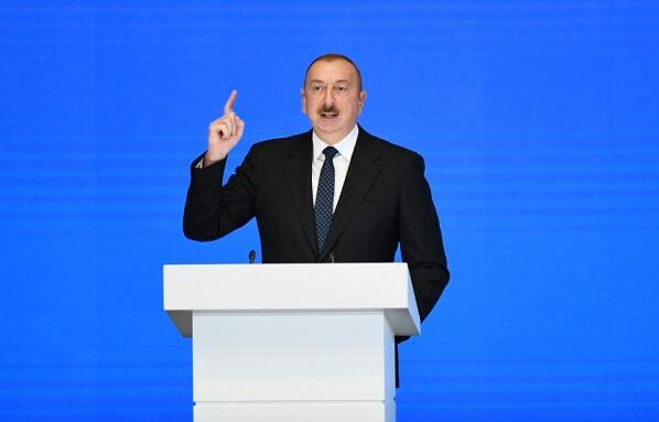 Армянские эксперты: Все козыри на руках у Алиева