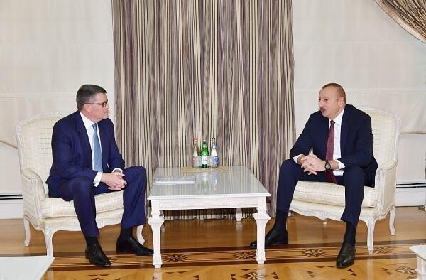 İlham Əliyev CİSCO-nun vitse-prezidenti ilə görüşdü
