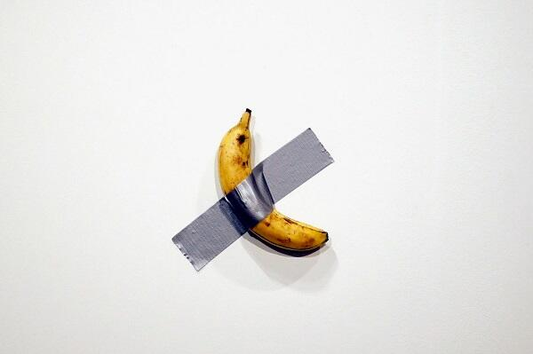 Maurizio Cattelan's $120,000 banana eaten by artist