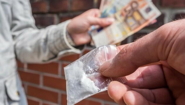 Ölkədə nə qədər narkotik istifadəçisi var?