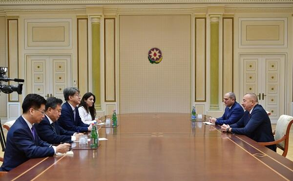 Ilham Aliyev met with the Korean delegation