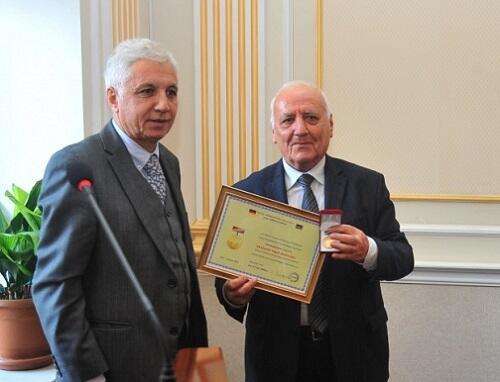 """Yaqub Mahmudov """"Dostluq"""" medalı ilə təltif edildi - Foto"""