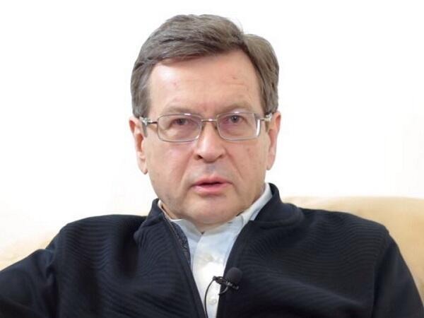 Медведев: Гейдар Алиев первый начал делать походы «в народ»