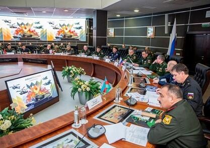 Generalımız Moskvaya getdi - Foto