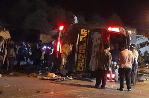 Avtobus 70 metr hündürlükdən dərəyə aşdı: 21 nəfər öldü