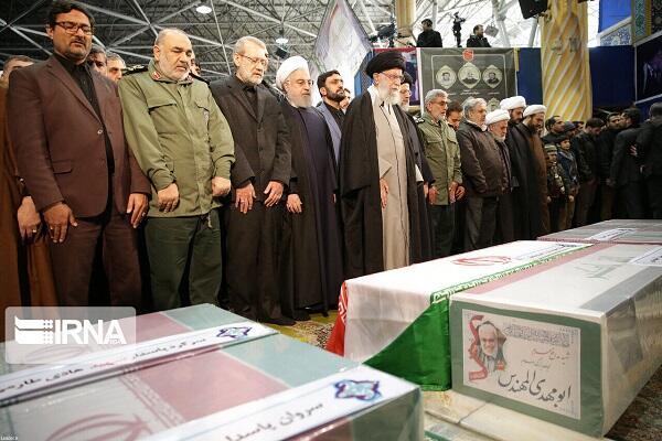 İran Qasım Süleymani ilə vidalaşır