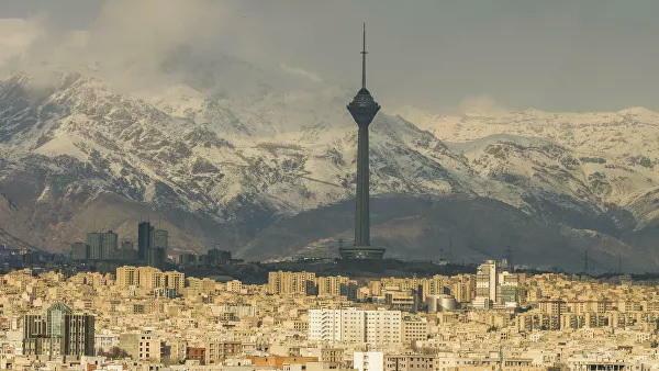 Iran's COVID-19 cases top 900,000