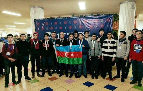 Азербайджанские школьники на олимпиаде при поддержке Azercell