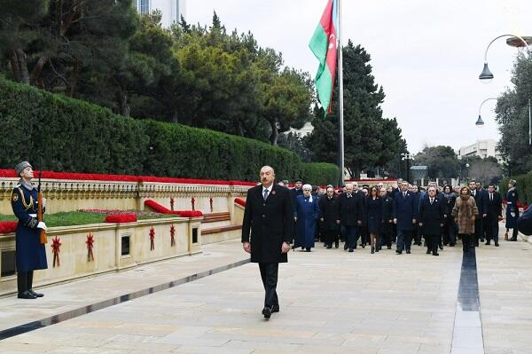 Ilham Aliyev at the Alley of Martyrs -