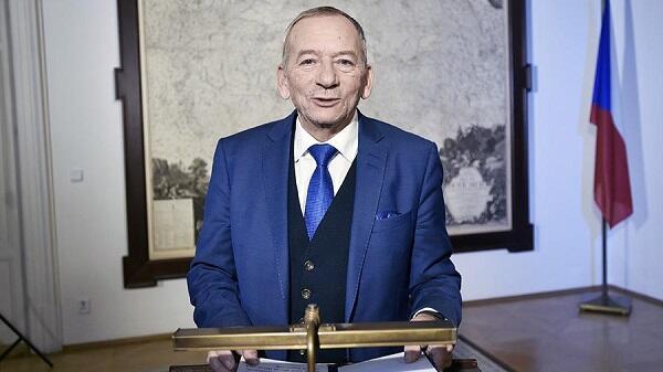 Умер председатель сената Чехии