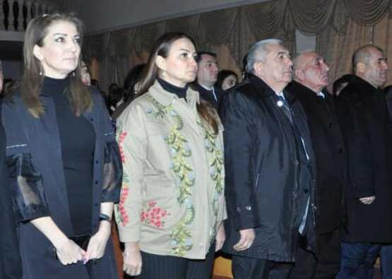 Paşayeva Tovuzda 20 Yanvar tədbirinə qatıldı - Foto