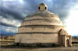همدانین تاریخی بوز آنباری یوخ اولماقلا قارشی-قارشییادیر