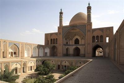 Məscidlər niyə açılmır? – Din xadimi