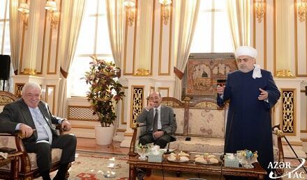 Аллахшукюр Пашазаде встретился с Гусманом