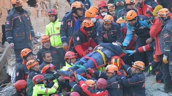 Землетрясение в Турции унесло жизни 38 человек - Обновлено