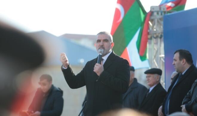 Rauf Arifoğlunun seçicilərlə izdihamlı görüşündən - Fotolar