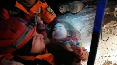 Turkey: Mother, baby rescued 24 hours after quake -