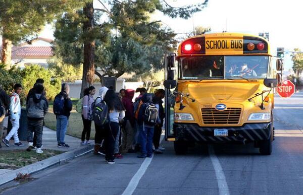 Для школ Баку будут выделены автобусы
