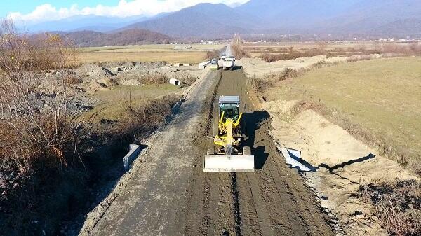 Balakəndə 40 km-lik yol yenidən qurulur