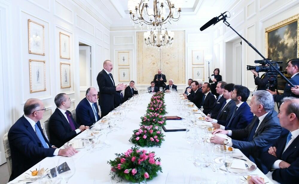 Состоялся обед Ильхама Алиева с руководителями компаний Италии