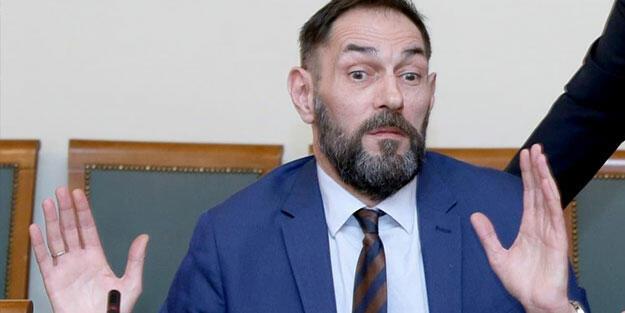Croatia accepts resignation of mason state attorney