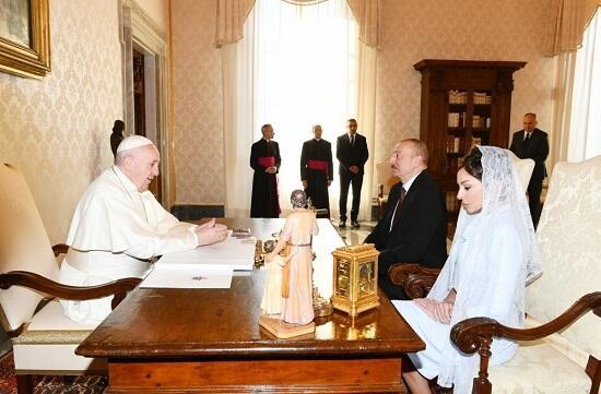 Azərbaycan əsl tolerantlıq nümunəsidir - Roma Papası