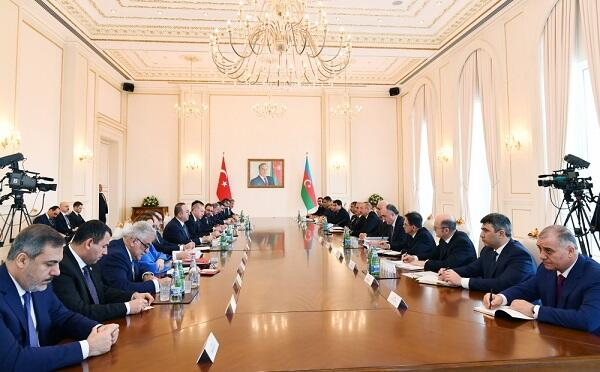 Presidents attend the meeting of the council