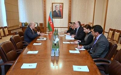 Mammadyarov meet with Chargés d'affaires ad interim of Chile