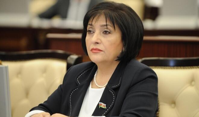Sahiba Gafarova wear a mask at plenary meeting