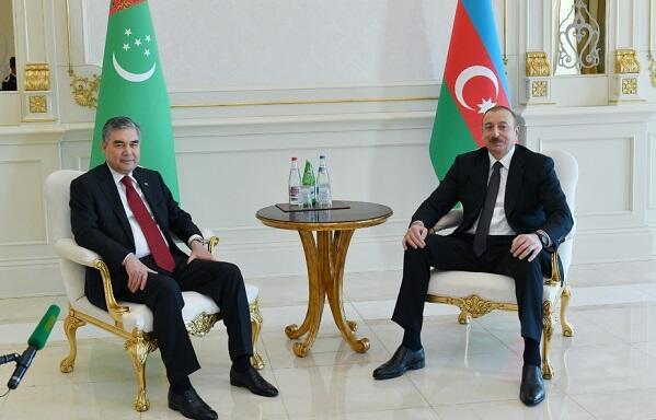 Ilham Aliyev congratulates his Turkmen counterpart