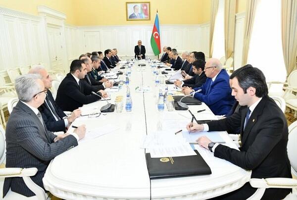 В Азербайджане ужесточается особый режим карантина