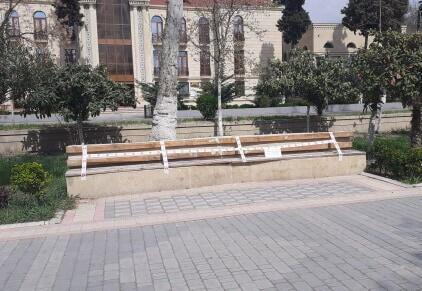 """Göyçay parklarında skamyaları """"bağladılar"""" – Foto"""