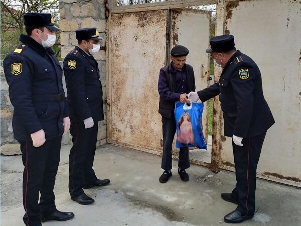 Azərbaycan polisindən daha bir alqışalayiq addım - Foto