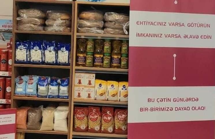 Bakıda bu market pulsuz ərzaq paylayır - Foto
