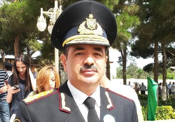 General Seyfulla Əzimov MM-də məruzə edir