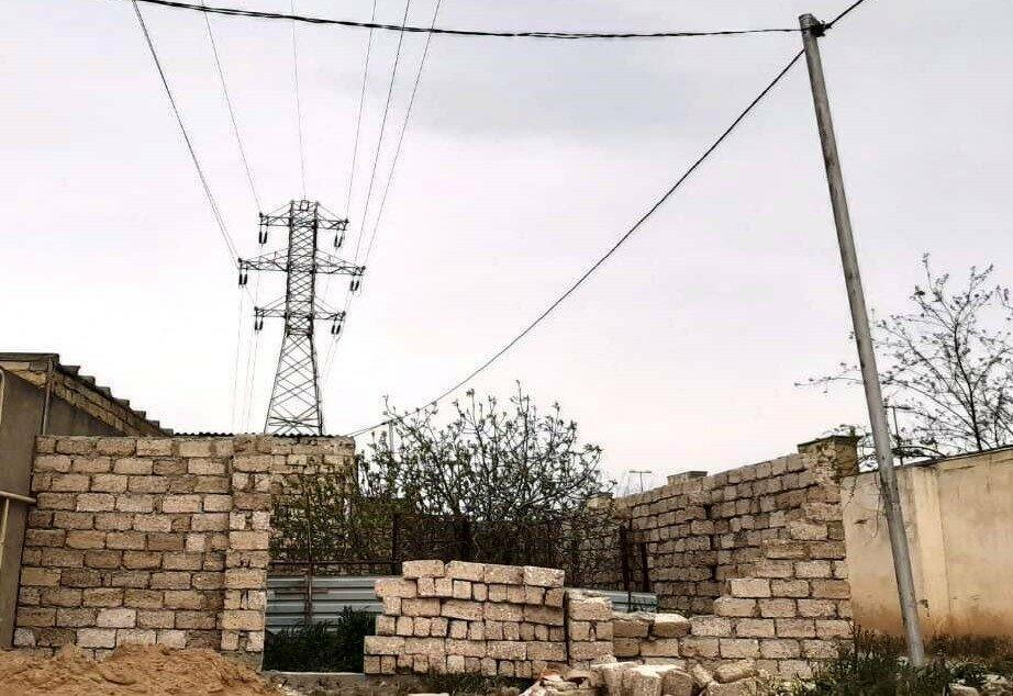 В Гусаре на детей обрушился забор, есть погибший
