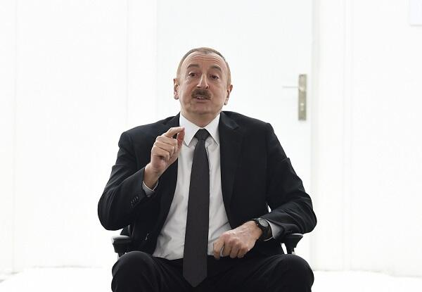 Problem ondadır ki, Ermənistanda nifrət aşılanır - Prezident