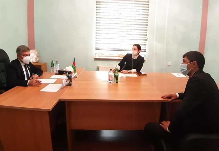 Vüqar Bayramovun seçicilərlə ilk görüşü... – Foto