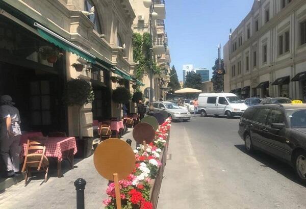 Restoran yolu zəbt etdi, BNA işə qarışdı – Foto