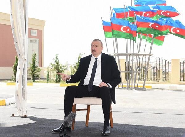Əliyevin Bakı və İrəvanı silkələyən çıxışı...