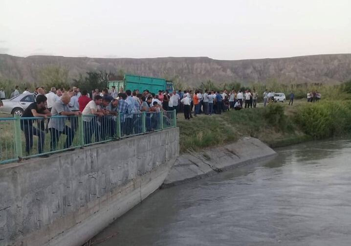 Göyçayda 16 yaşlı gənc kanalda batdı - Foto