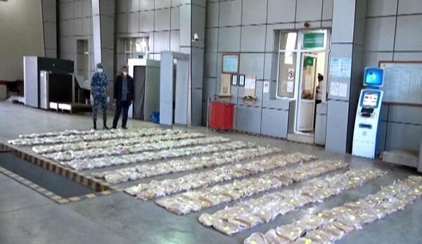 Gömrükçülər 50 milyon avroluq heroin aşkarladı - Video