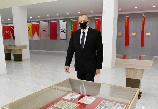 Ilham Aliyev put on a medical mask -