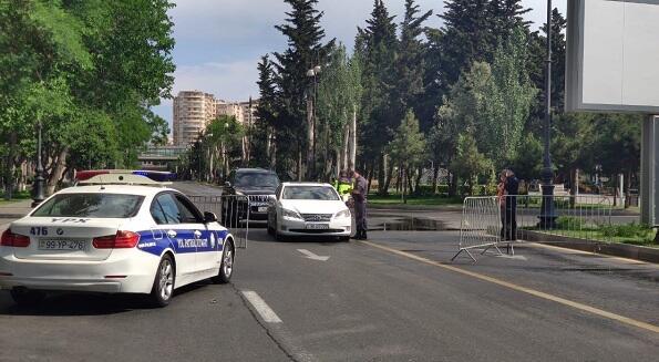 В Баку вновь установлены полицейские посты