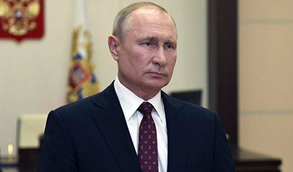 Putin sends Victory Day greetings to CIS leaders