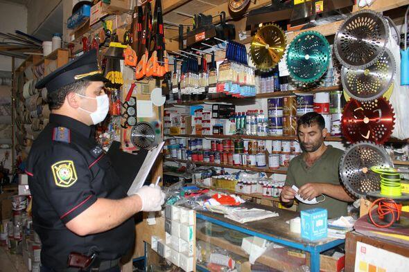 В Мингячевире оштрафовали граждан, не носивших маски