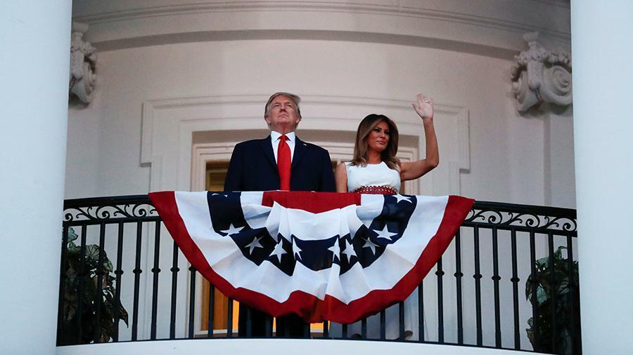 Трамп принял авиационный парад