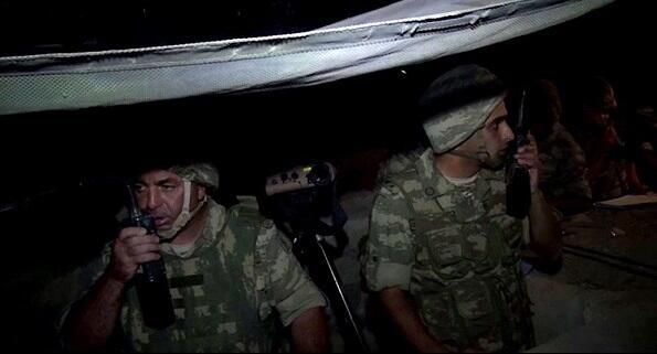 Армия провела учения в ночное время - Видео