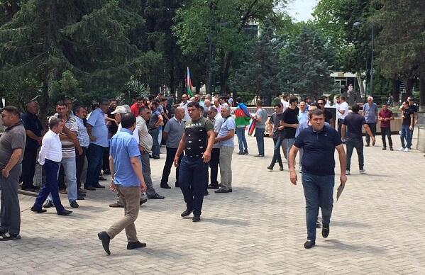 Gürcüstan azərbaycanlıları aksiyaya başladı